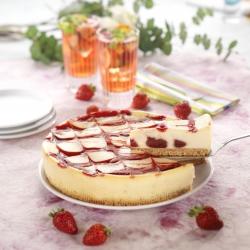 Strawberry & white chocolate cheesecake