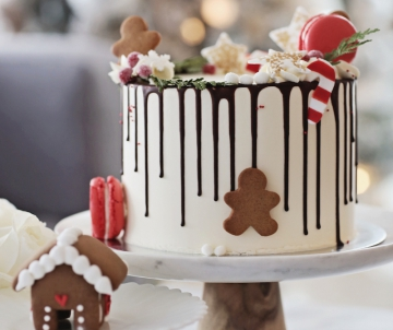 Feestelijke dripe cake